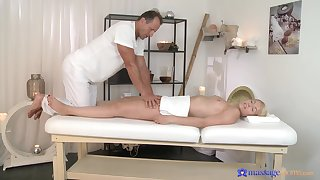Licentious pleasure in scenes of perishable massage for a young blonde